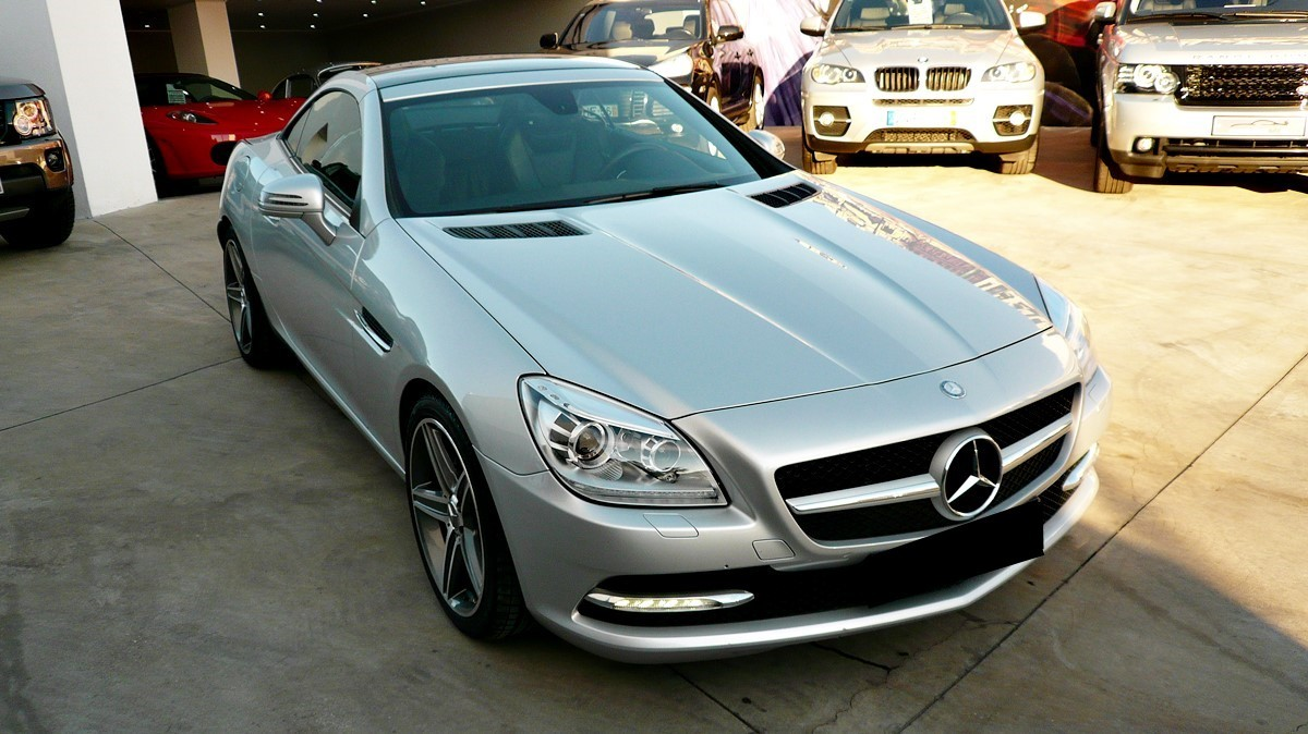 mercedes benz slk 250 cdi blueefficiency cabrio 2015 model. Black Bedroom Furniture Sets. Home Design Ideas