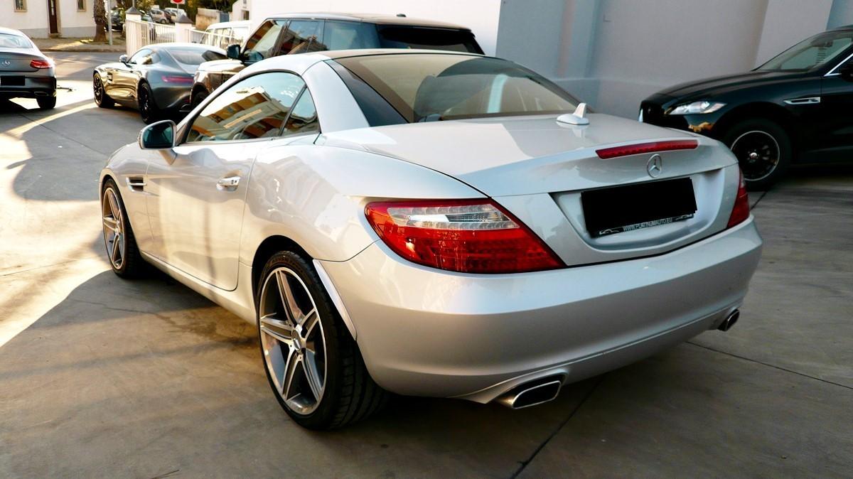 mercedes benz slk 250 cdi blueefficiency cabrio 2015 model kms platinum auto sales. Black Bedroom Furniture Sets. Home Design Ideas